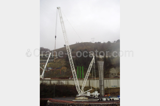Lattice boom crawler crane Liebherr LR 1600/2 look on the map using